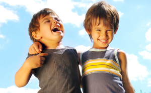 Bambini al centro estivo: attenzione ai traumi!