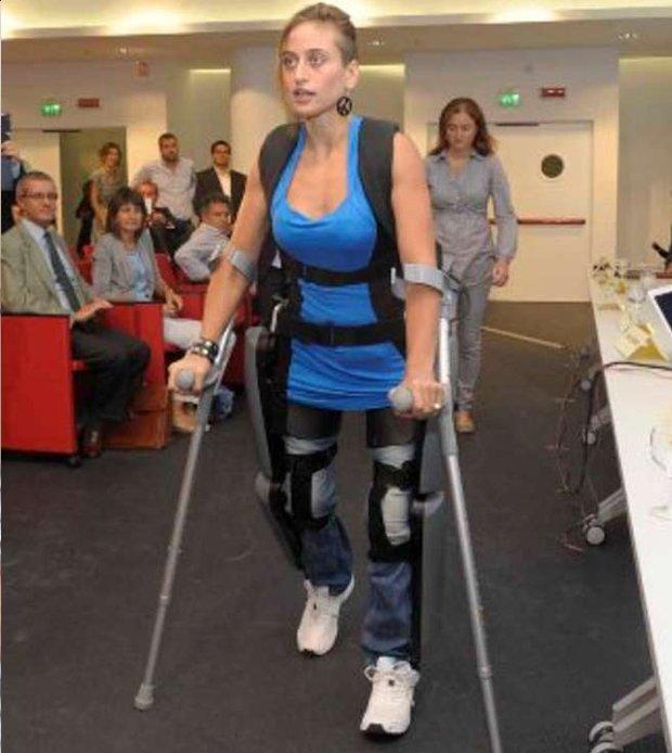 Cyber Manuela: dalla carrozzina alla maratona