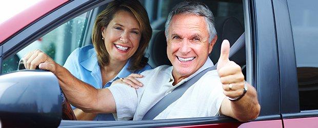 Artrosi dell'anca, ecco come limitare il dolore in auto