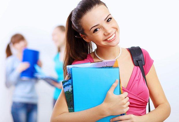 Zaino e mal di schiena, ragazze adolescenti più a rischio
